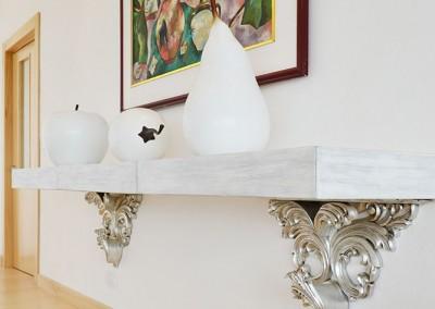 Comedor, Residencia Tumbaco, repisa neoclasica, calada, escultura de frutas
