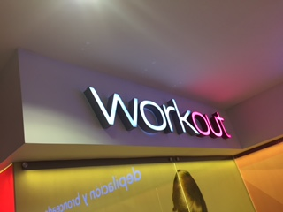 Fachada Work Out – Quicentro Norte