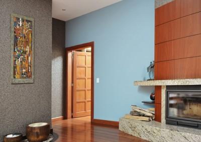 Dormitorio Master, chimenea, cuadro carrasco