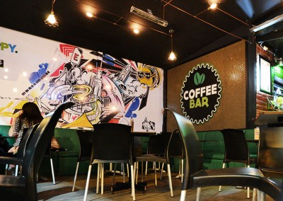 Expansion Coffee Bar, reciclado, arte urbano