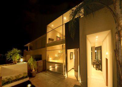 Fachada, Arquitectura, Noche, Casa, Residencial, Vivienda, Hogar, Eclectico, Eclectic, Interiores, Diseño de interiores, interiors, design, Cumbaya, Quito, Ecuador