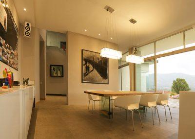 Comedor, Mesa de vidrio, madera, Casa, Residencial, Vivienda, Hogar, Eclectico, Eclectic, Interiores, Diseño de interiores, interiors, design, Cumbaya, Quito, Ecuador